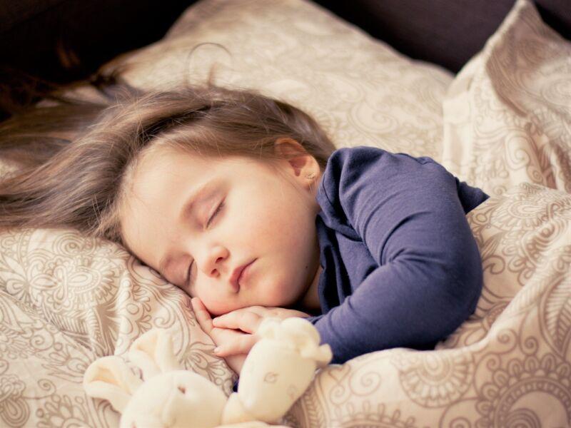 Сказка про девочку, которая не хотела спать